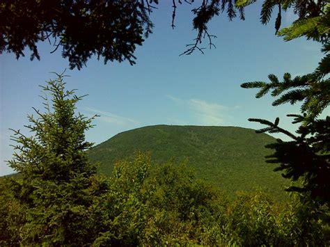 nh section 8 smarts mountain from lambert ridge gps n43 8167 w72 0607