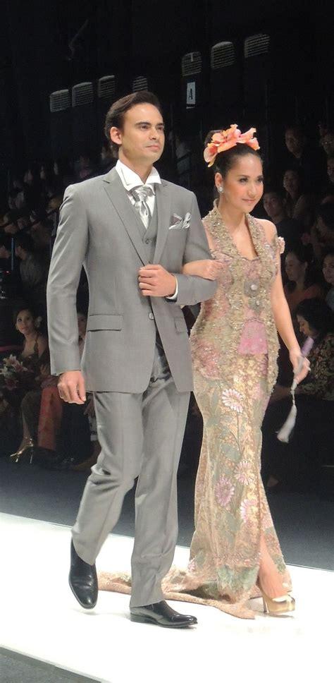 Real Pict Batik Kebaya Modern Etp Grey 516 best kebaya images on brokat wedding