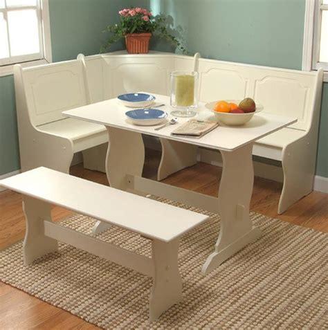 Small Corner Kitchen Table by 25 Best Ideas About Corner Breakfast Nooks On