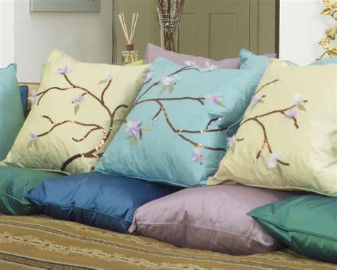 cuscino giapponese cuscini con fiori di ciliegio giapponese dremel europe