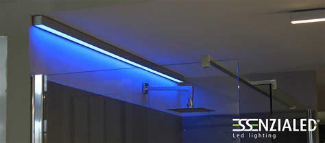ladari torino vendita illuminazione tiranti lade led lineari prodotte su