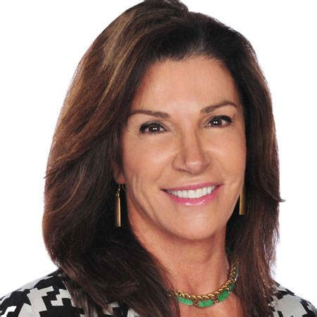 who is hilary farrs hairstyle hilary farr embrace disruption images pinterest