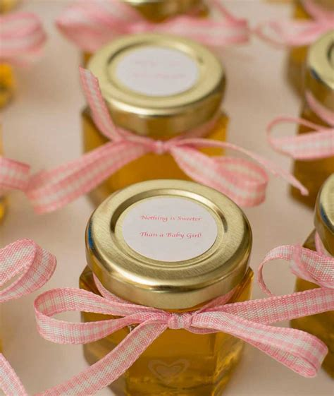 honey favors are so easy to decorate and to do
