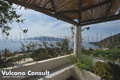 terrazza vista mare vendesi casa vista mare santa marina salina id9210