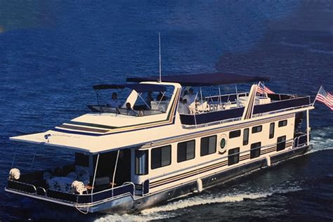 greers ferry boat rental marina rentals at greers ferry lacey s boating center