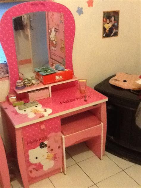 Meja Rias Bekas jual beli kamar set meja rias meja belajar lemari