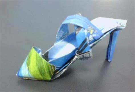How To Make Origami Shoes - 17 best images about origami shoes on origami