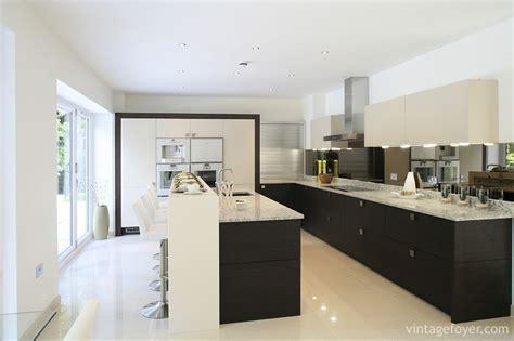 47 Modern Kitchens with Clean Designs