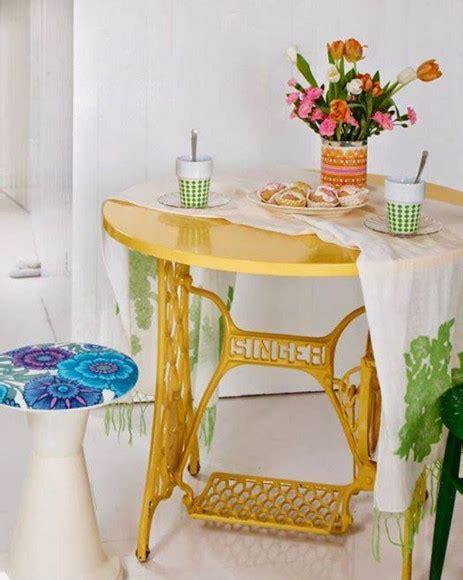 Meja Rias Bekas desain meja unik dari mesin jahit yang rusak desain