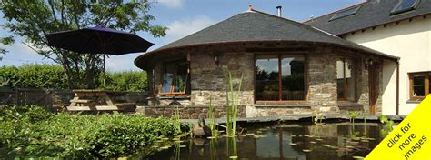 5 bedroom holiday cottages 5 bedroom holiday cottages n devon the roundhouse
