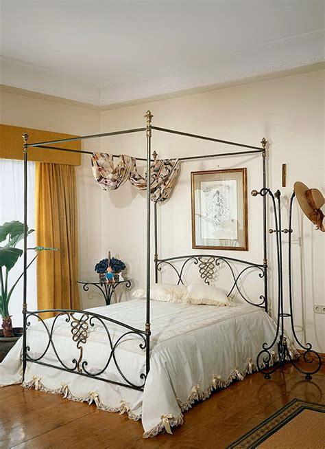 camas  dosel en forja  pena vargas muebles antonan