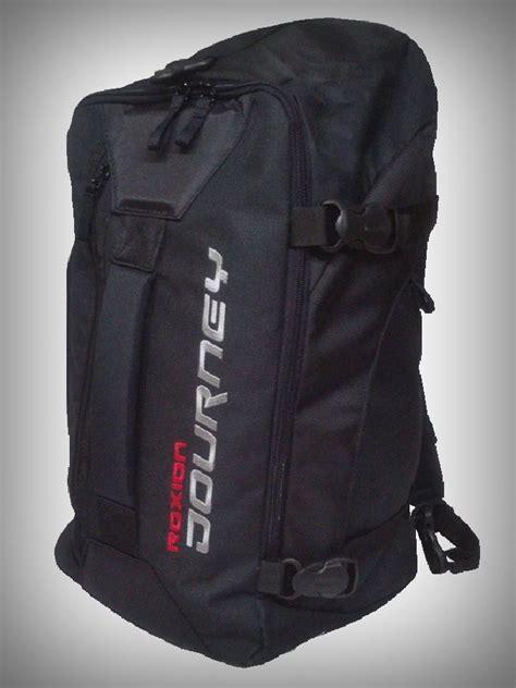 Tas Futsal Raket Multifungsi Roxion 03 Hitam tas pakaian multifungsi journey roxion cover cocok