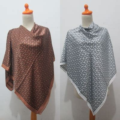 Kerudung Segi Empat Velvet Umama Jilbab Motif D C10 jual kerudung segi empat satin velvet motif umama satin