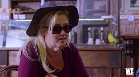 mama june did buy a car for the man who molested her does mama june have a boyfriend after dramatic weight