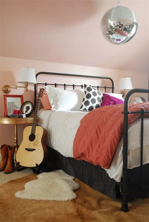 vintage iron beds