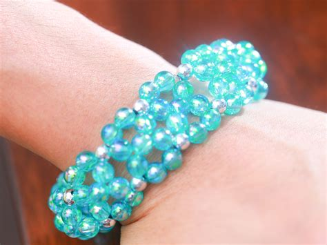 How to Make a Kandi Cuff (with Pictures)   wikiHow