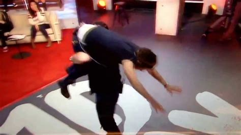 the blog of various categories shameda s 1d pics post 4 paul carrying the boys on 1d day including harry s jump