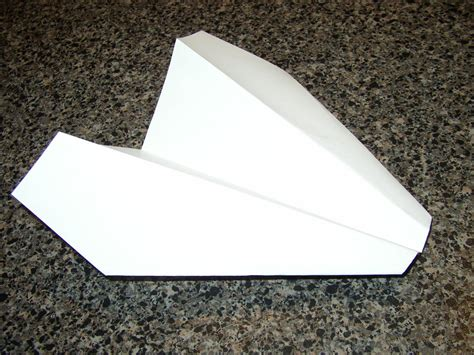 How To Make Paper Airplane Gliders - distance paper glider