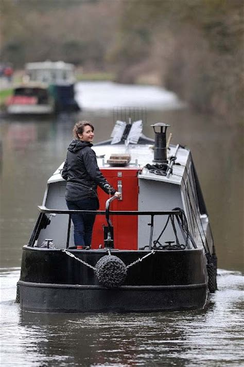 living on a boat at sea uk 17 best images about canal boats on pinterest engineers