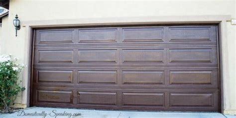 Design Ideas For Garage Door Makeover 5 How To Make Your Garage Door Ideas Tip Junkie