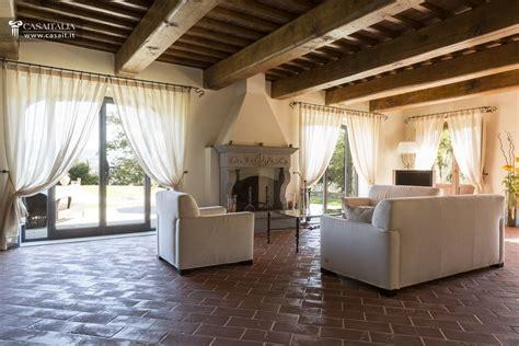 soggiorno burchi soggiorno toscana ispirazione per la casa