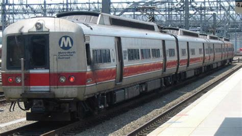 bathrooms on metro north trains metro north worker struck killed by train in east harlem