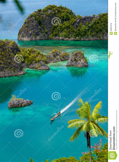 small coral islands stock photography cartoondealer - Boat Raja Cartoon