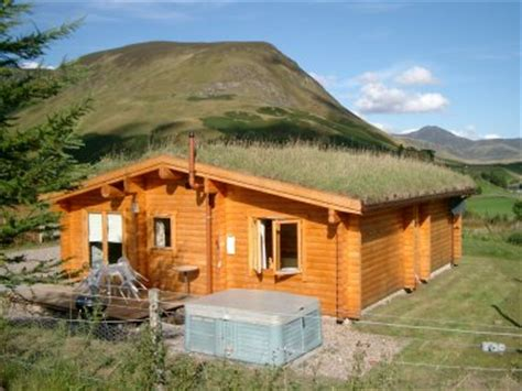 Late Deals On Log Cabins With Tubs by Late Availability Scottish Cottages Embrace