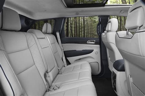 jeep grand interior new 2017 jeep grand cherokee summit