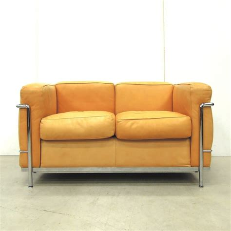 lc2 couch lc2 sofa by le corbusier for cassina 53602