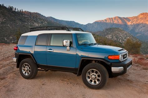 motor trend epic drives epic drives tours the southwest in toyota fj cruiser
