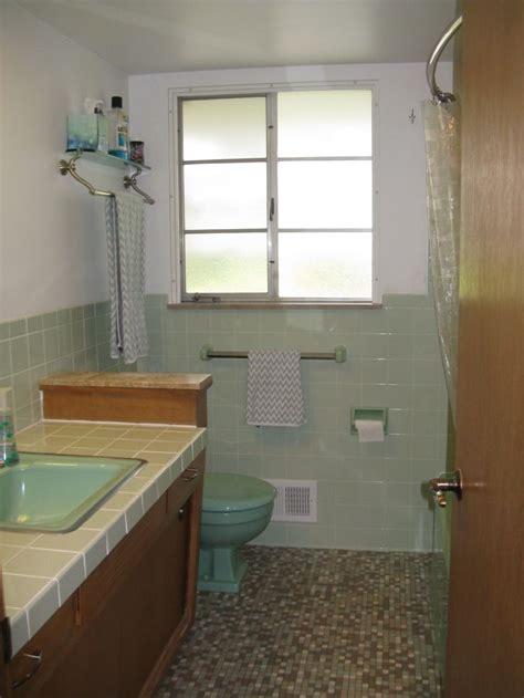 vintage bathroom tile    readers bathroom