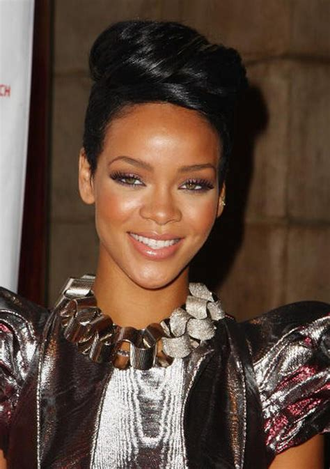 rihanna hairstyles top 35 looks in different years pictures of rihanna hair styles