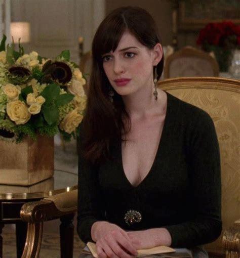 Wears Prada Hathaway by Hathaway In The Wears Prada Hathaway