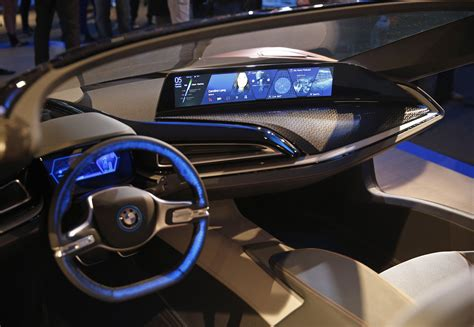 future bmw interior autonomous car breakthroughs to be featured at gadget show
