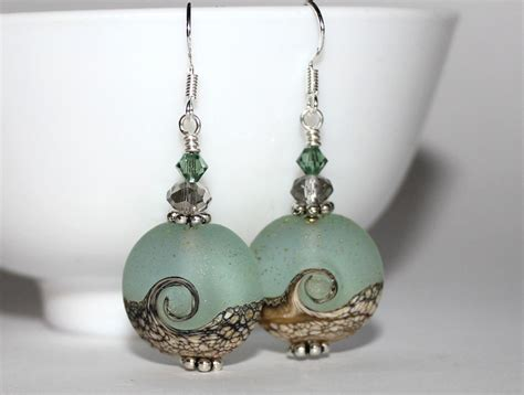 Handmade Beaded Earrings - beautiful wave handmade bead earrings felt