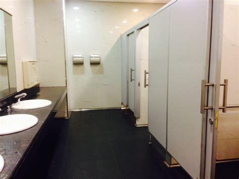 bagni pubblici a pagamento savona i bagni della stazione a pagamento l amara