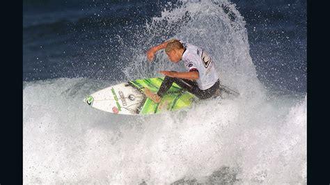 mick fanning foam board surfer mick fanning changes board from yum yum yellow cnn