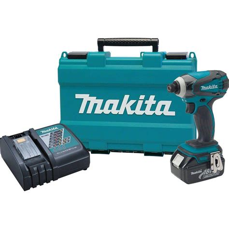 makita 18 volt lithium ion charger makita xdt042 18 volt lxt lithium ion impact driver kit
