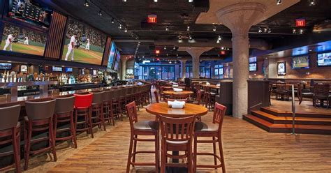 Top Sports Bars In Boston by Best Sports Bars In Boston Cask N Flagon Bleacher Bar