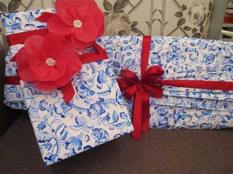 pretty gift wrap 1000 images about pretty gift wrapping packaging ideas