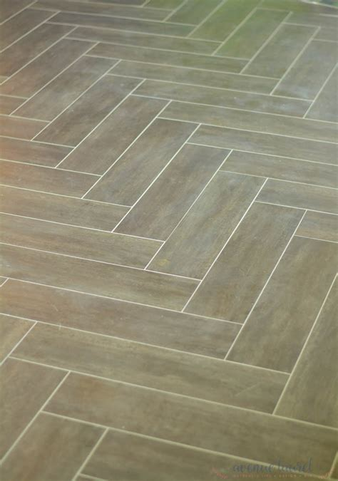 herringbone pattern vinyl tips to install vinyl plank floors in a herringbone
