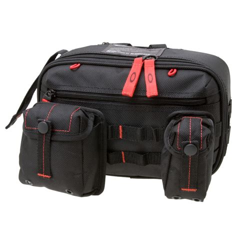 Toiletry Bag Dopp Oakley Dopp Kit Toiletry Bag 260cu In Backcountry