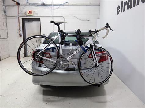 Bike Rack For Honda Accord by 2007 Honda Accord Thule Archway Xt 2 Bike Rack Trunk
