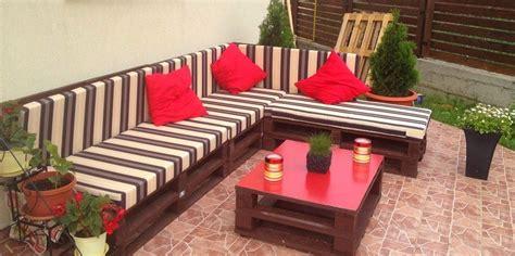 sofa con palets paso a paso como hacer sillon con palets en 3 sencillos pasos