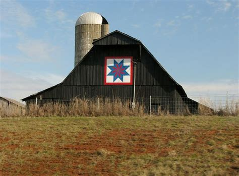 quilt pattern on barns in kentucky kentucky barn quilt images google search barn quilts