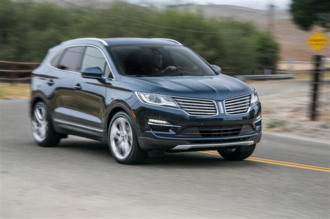 mkc lincoln 2015 lincoln mkc 23 front three quarter in motion jpg