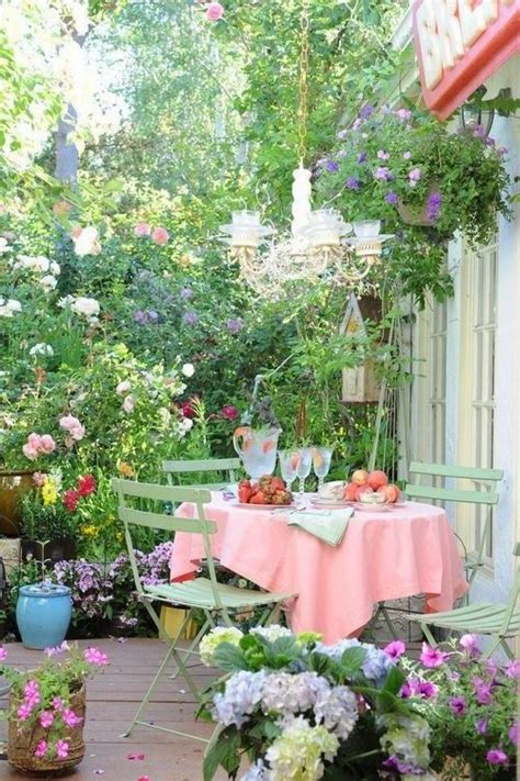 Pretty Garden Ideas Pretty Garden Ideas Hollyandteddy