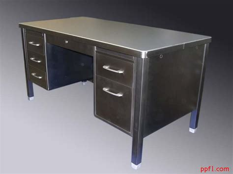Office Metal Desk Set Up Your Metal Desk For Home Office Designinyou