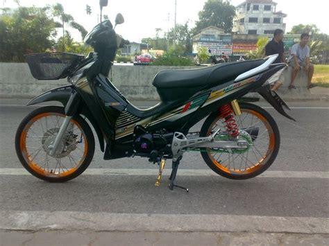 Sticker Striping Variasi Thailand Lama R Lama Spark fashion modif motorcycle modified paint brush honda wave 125i thailand look modifications